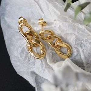 ⛓18K gold plated distorted chain earrings